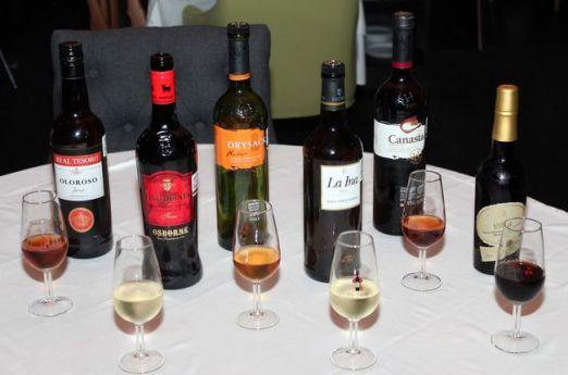 Copas y botellas de Jerez